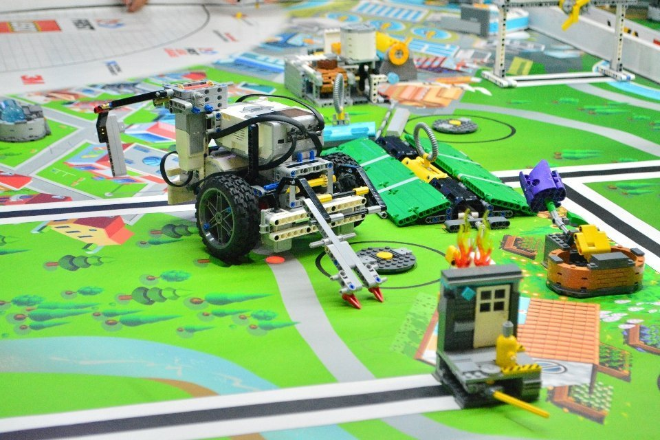 Atelier fabriquer et programmer son robot
